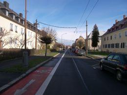 Opava. Protismerný pruh pre cyklistov v jednosmerke. Foto: CDV Brno.