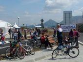 Okolie nášho stánku sa stalo prirodzeným centrom bicyklov.