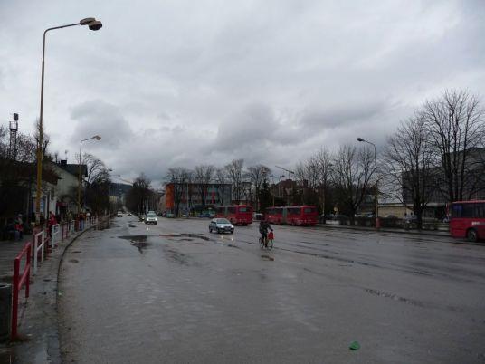 Považská Bystrica. Súčasný stav pred stanicou.